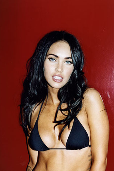 gallery_enlarged-0916_megan_fox_bikini_03.jpg